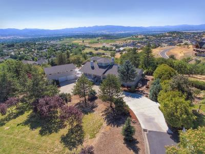 Medford Single Family Home For Sale: 1421 Highcrest Drive