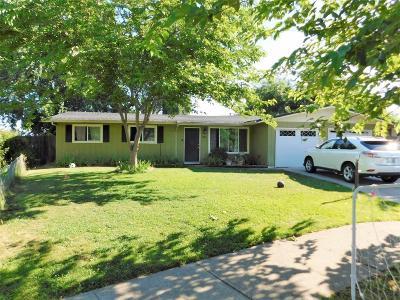 Medford Single Family Home For Sale: 1411 Pleasant Street