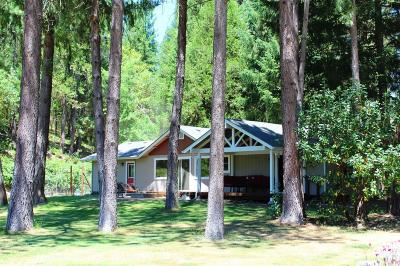 Grants Pass Single Family Home For Sale: 241 Veronique Place