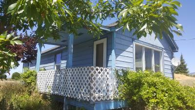 Ashland OR Single Family Home Sold: $236,200