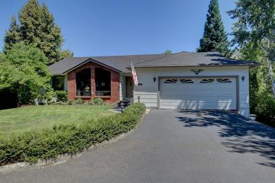 Single Family Home For Sale: 4443 Hillcrest Road