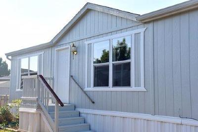 Jackson County, Josephine County Mobile Home For Sale: 2552 Thorn Oak Drive #99