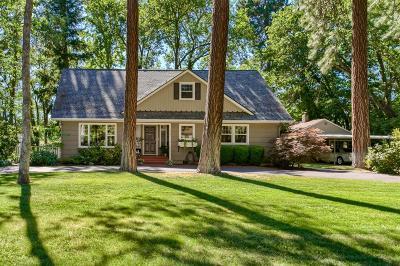 Medford Single Family Home For Sale: 224 Renault Avenue