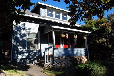 Ashland Single Family Home For Sale: 487 Scenic Drive
