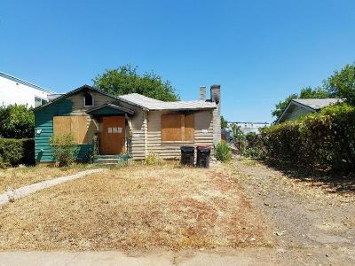Single Family Home For Sale: 24 N Orange Street