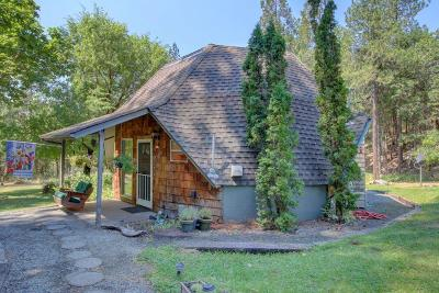Josephine County Single Family Home For Sale: 770 Hitching Post Road
