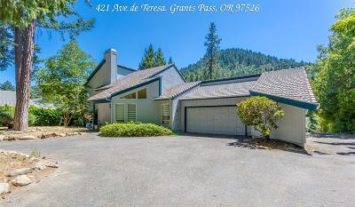 Grants Pass Single Family Home For Sale: 421 Ave de Teresa