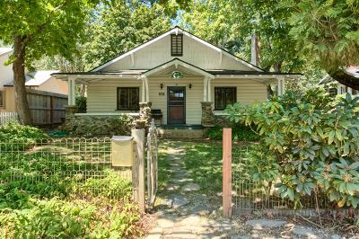 jacksonville Single Family Home For Sale: 375 N Oregon Street