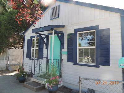 Grants Pass Single Family Home For Sale: 717 SE 8th Street