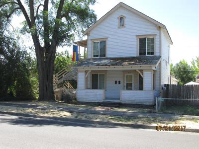 Grants Pass Multi Family Home For Sale: 415 NW E Street