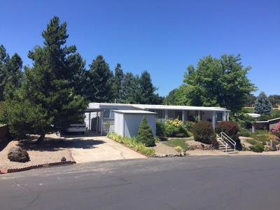 Medford Mobile Home For Sale: 3955 S Stage Road #9