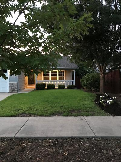 Single Family Home For Sale: 2252 Arlington Drive