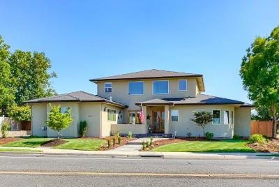 Eagle Point Single Family Home For Sale: 515 Robert Trent Jones Boulevard