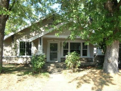 Medford OR Single Family Home For Sale: $224,900