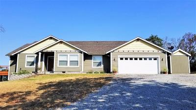 Grants Pass Single Family Home For Sale: 120 Lance Drive