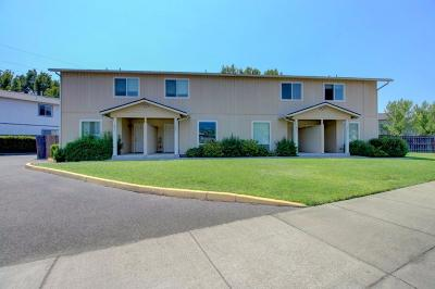 Grants Pass Multi Family Home For Sale: 1411 SE M Street