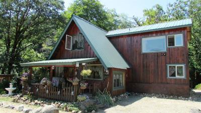 Josephine County Single Family Home For Sale: 8570 Deer Creek Road