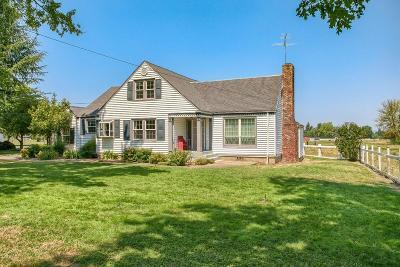 Medford Multi Family Home For Sale: 3140 Bellinger Lane