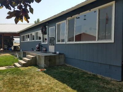 Eagle Point Single Family Home For Sale: 9250 Highway 62