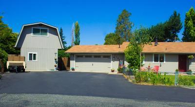 Josephine County Single Family Home For Sale: 1126 Elrod Lane