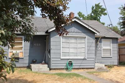 Grants Pass Multi Family Home For Sale: 618 SE M Street