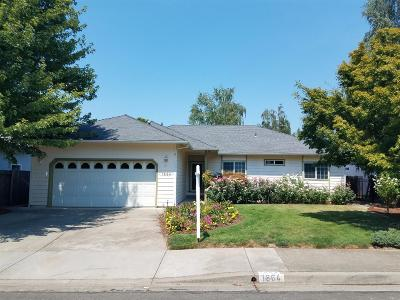 grants pass Single Family Home For Sale: 1864 SW Topaz Lane