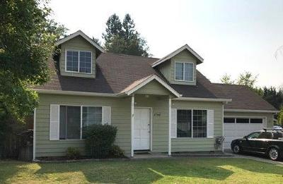 grants pass Single Family Home For Sale: 1746 Gardendale Lane