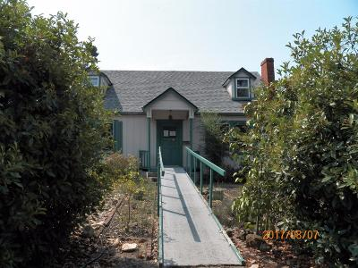 Medford Single Family Home For Sale: 1704 E Main Street