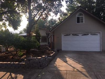 Medford Single Family Home For Sale: 2836 Aldersgate Road