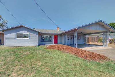 Medford Single Family Home For Sale: 2047 Bradbury Street