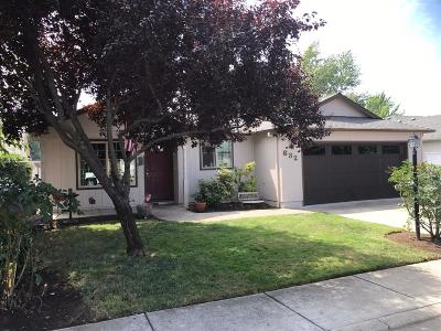 Jackson County, Josephine County Single Family Home For Sale: 632 Andrea Way