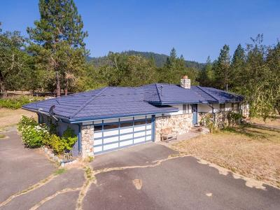 Josephine County Single Family Home For Sale: 16500 Water Gap Road