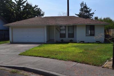 Medford Single Family Home For Sale: 3091 Milhoan Drive