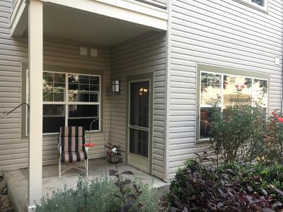 Ashland Condo/Townhouse For Sale: 952 Golden Aspen Place