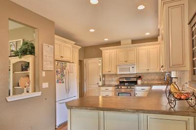 Josephine County Single Family Home For Sale: 1465 Sun Glo Drive