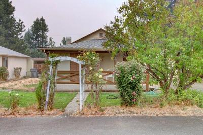 Grants Pass Single Family Home For Sale: 1551 Apple Lane