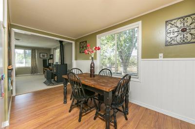 Jackson County, Josephine County Single Family Home For Sale: 585 Craiglea Drive