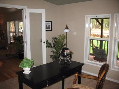 Eagle Point Single Family Home For Sale: 489 Derby Road