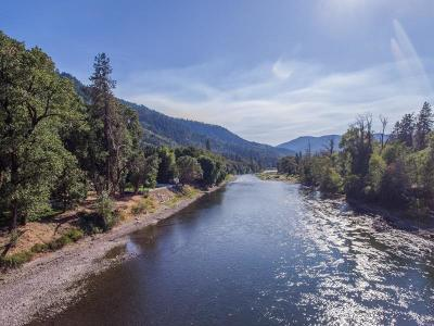 Grants Pass Single Family Home For Sale: 8200 Rogue River Highway