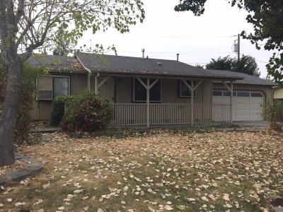 Grants Pass Single Family Home For Sale: 1452 Sun Glo Drive