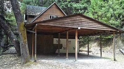 Merlin, Sunny Valley, Wimer, Rogue River, Wilderville, Grants Pass, Murphy, Wolf Creek, Hugo Single Family Home For Sale: 198 Coyote Creek Road