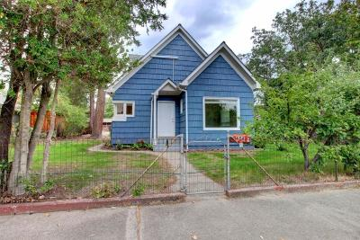 Grants Pass Single Family Home For Sale: 454 SW I Street