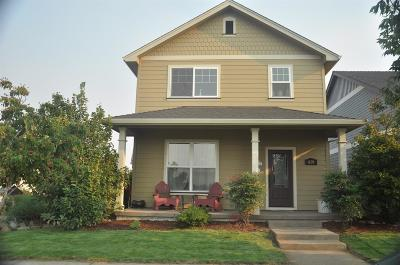 Central Point Single Family Home For Sale: 659 Buck Point Street