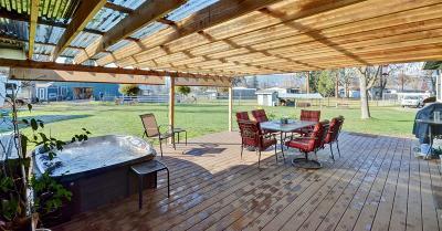Jackson County, Josephine County Single Family Home For Sale: 1075 Washburn Lane