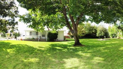 Grants Pass Single Family Home For Sale: 1550 Willow Lane