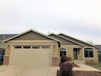 Eagle Point Single Family Home For Sale: 11 Meadowfield Circle