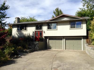 Medford Single Family Home For Sale: 2471 Bora Bora Way