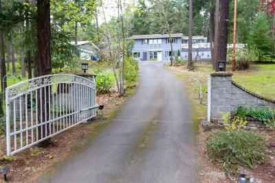 Josephine County Single Family Home For Sale: 8744 N Applegate Road