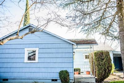 Medford OR Single Family Home For Sale: $239,000