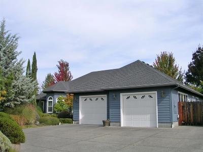 Grants Pass Single Family Home For Sale: 1719 Leonard Road